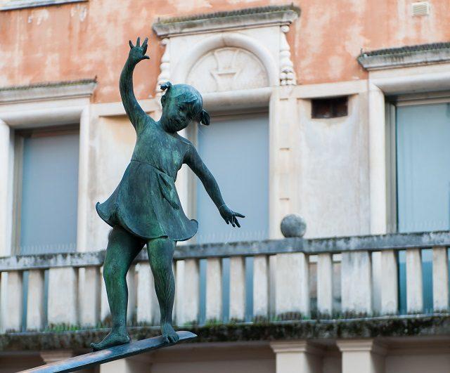Detail of the fountain in Contrà Pescherie Vecchie, Vicenza